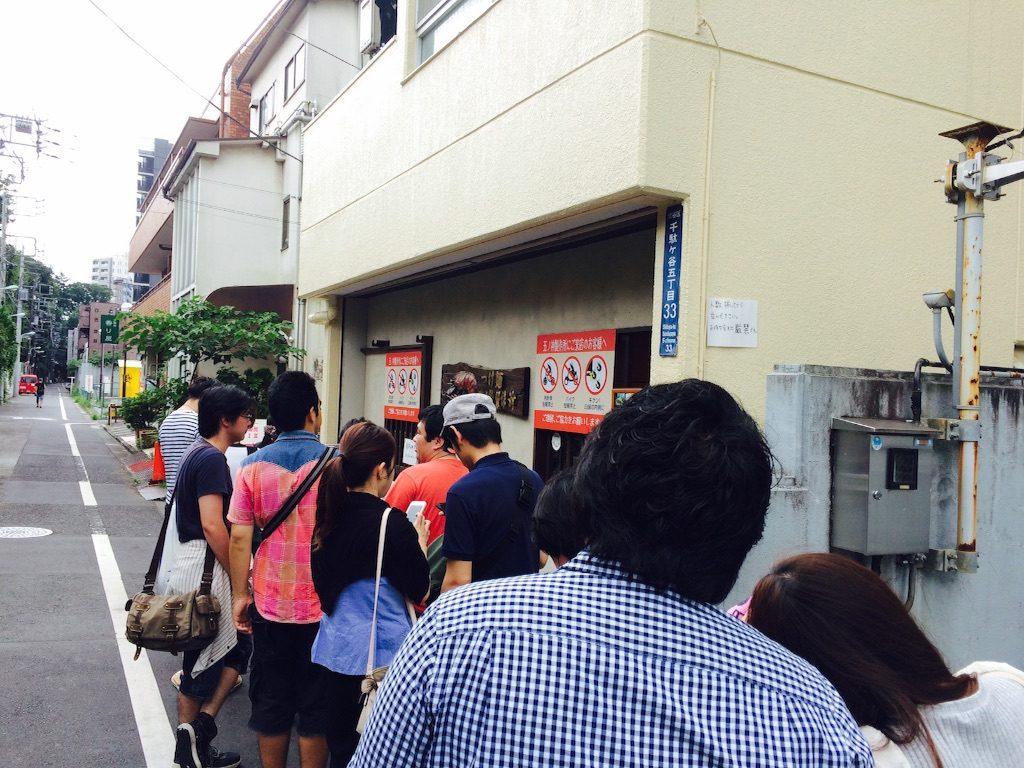 【レビュー】「五ノ神製作所」の海老トマトつけ麺は豪快かつ繊細で病みつきになる