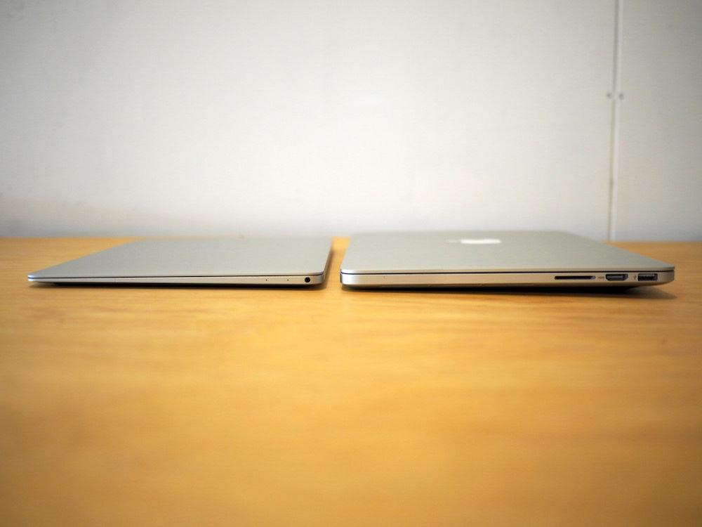 MacBookとMacBookProの厚さの比較